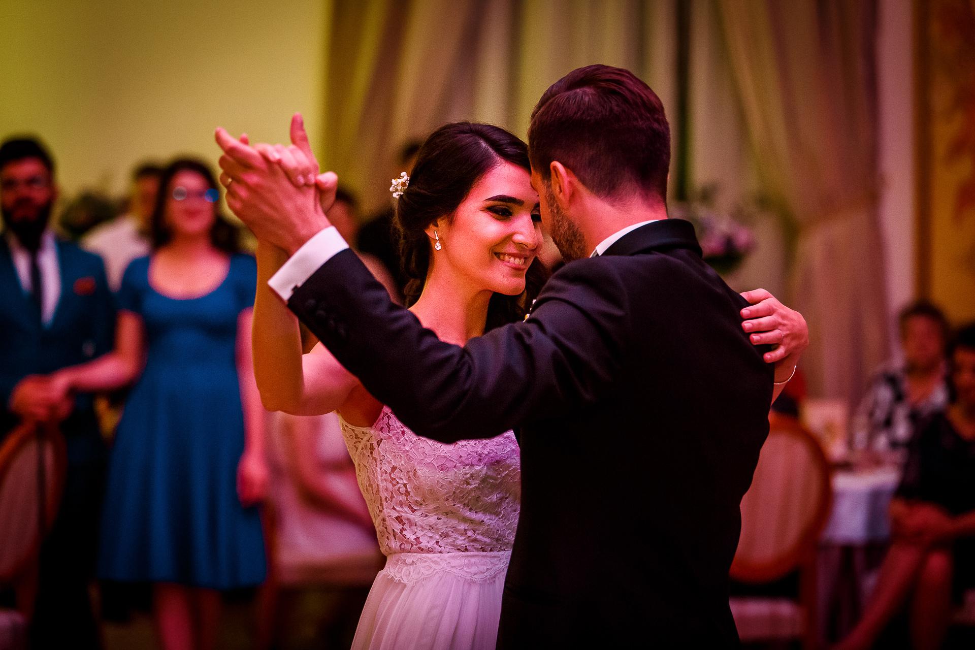 nuntă Salon Elisabeta - Elena şi Costin - Mihai Zaharia Photography - 054