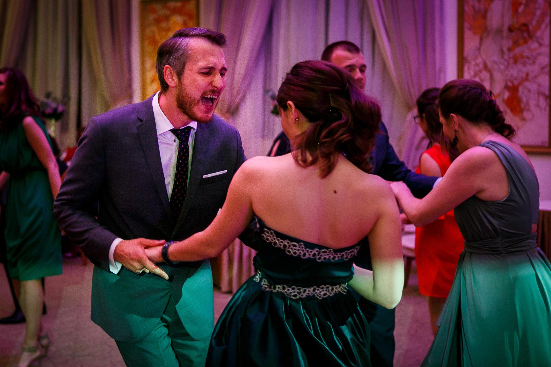 nuntă Salon Elisabeta - Elena şi Costin - Mihai Zaharia Photography - 059