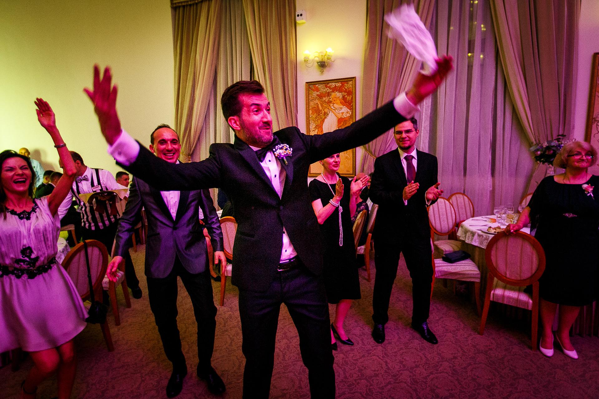 nuntă Salon Elisabeta - Elena şi Costin - Mihai Zaharia Photography - 061
