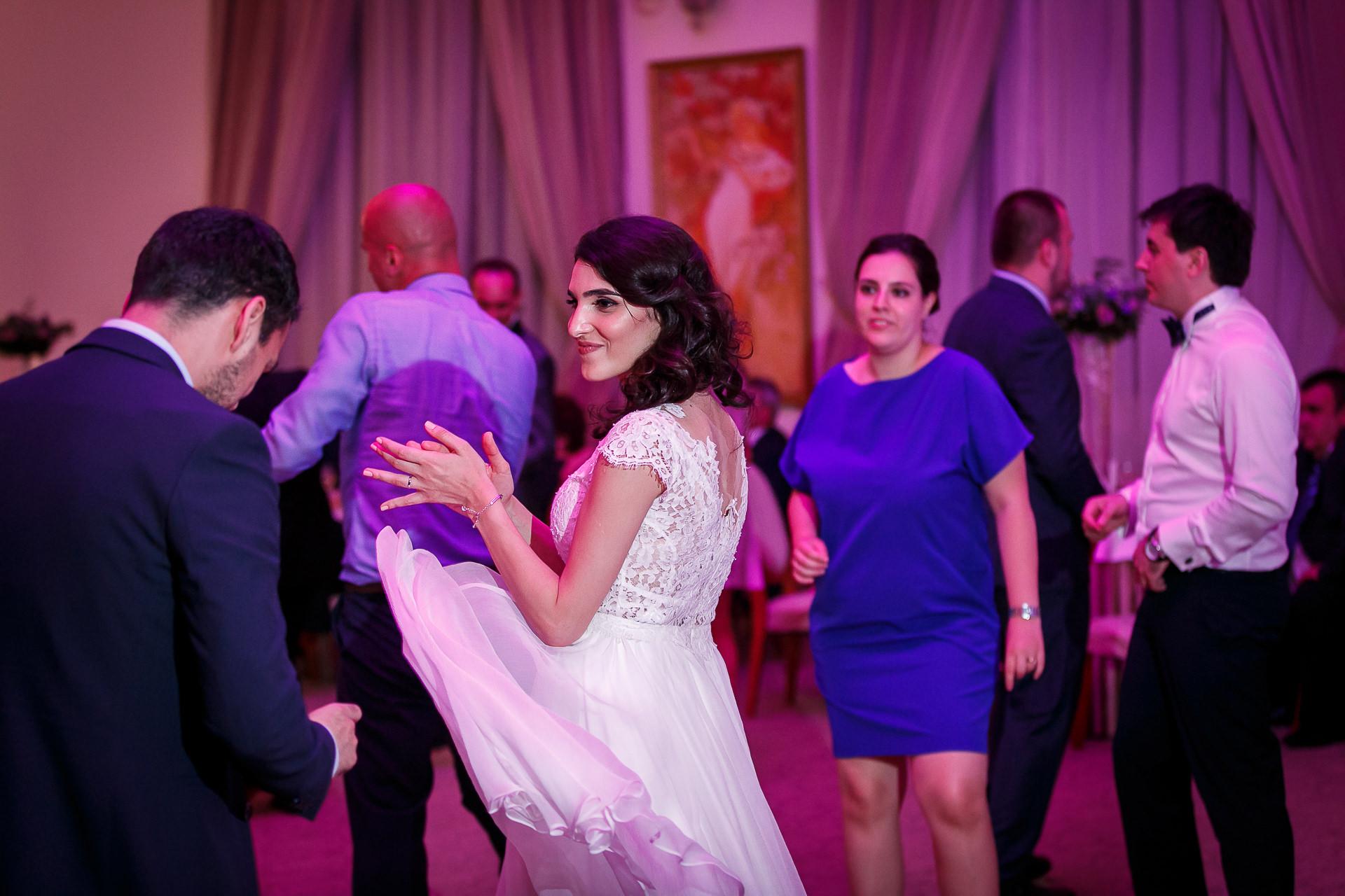 nuntă Salon Elisabeta - Elena şi Costin - Mihai Zaharia Photography - 066