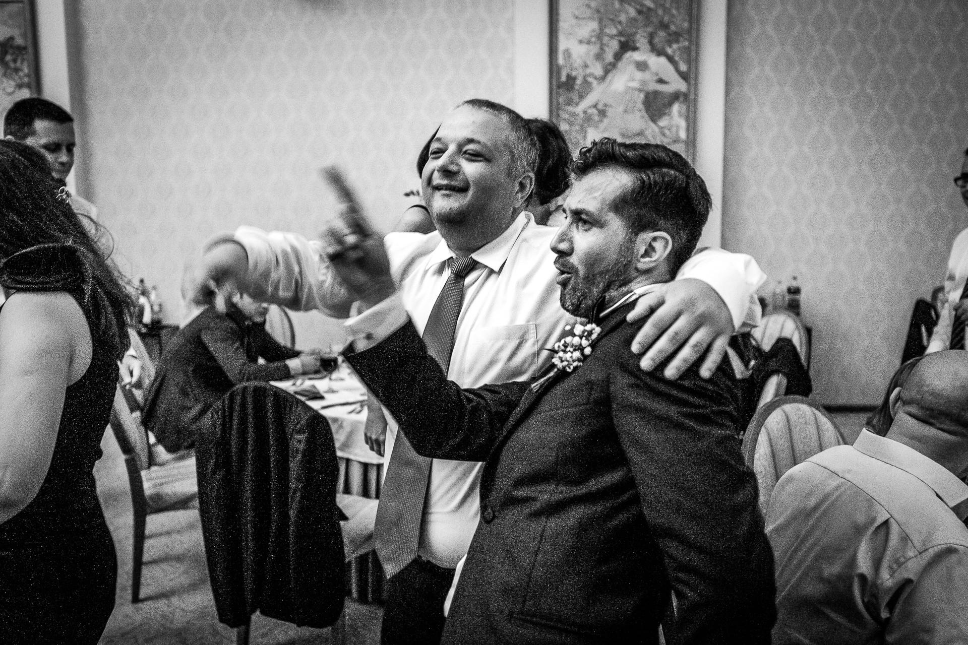 nuntă Salon Elisabeta - Elena şi Costin - Mihai Zaharia Photography - 073