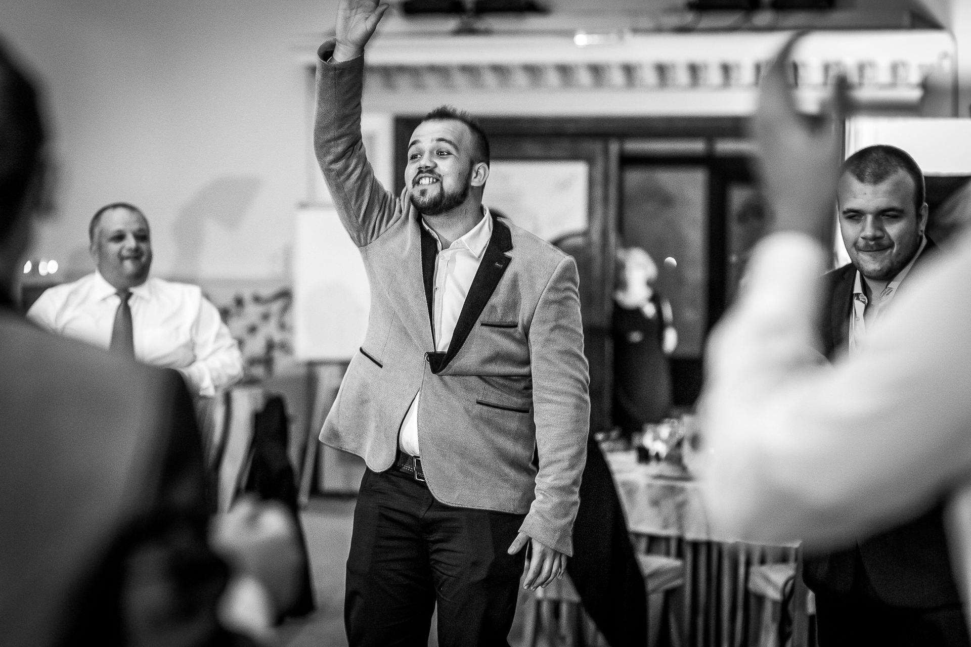 nuntă Salon Elisabeta - Elena şi Costin - Mihai Zaharia Photography - 079