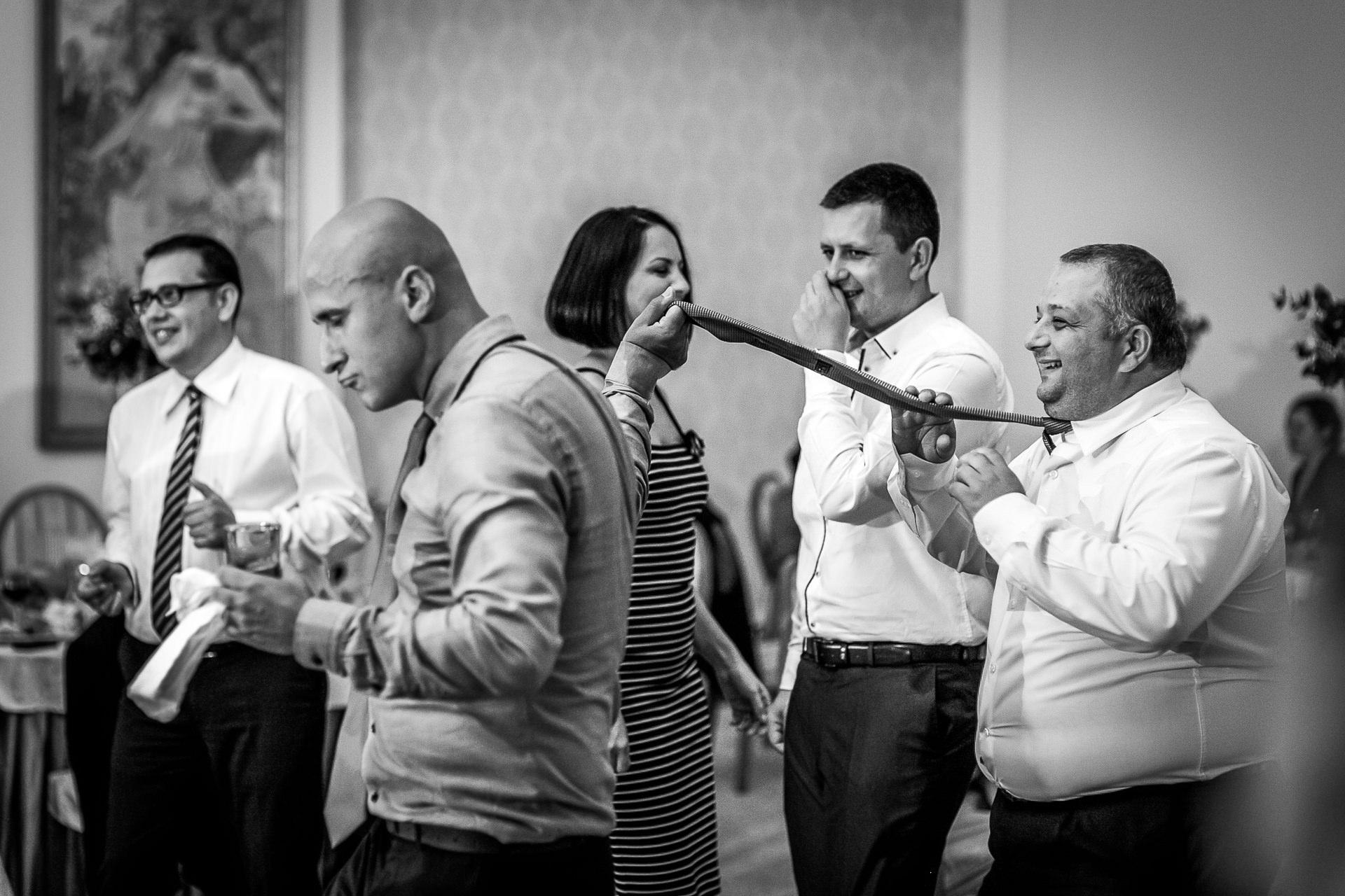 nuntă Salon Elisabeta - Elena şi Costin - Mihai Zaharia Photography - 080