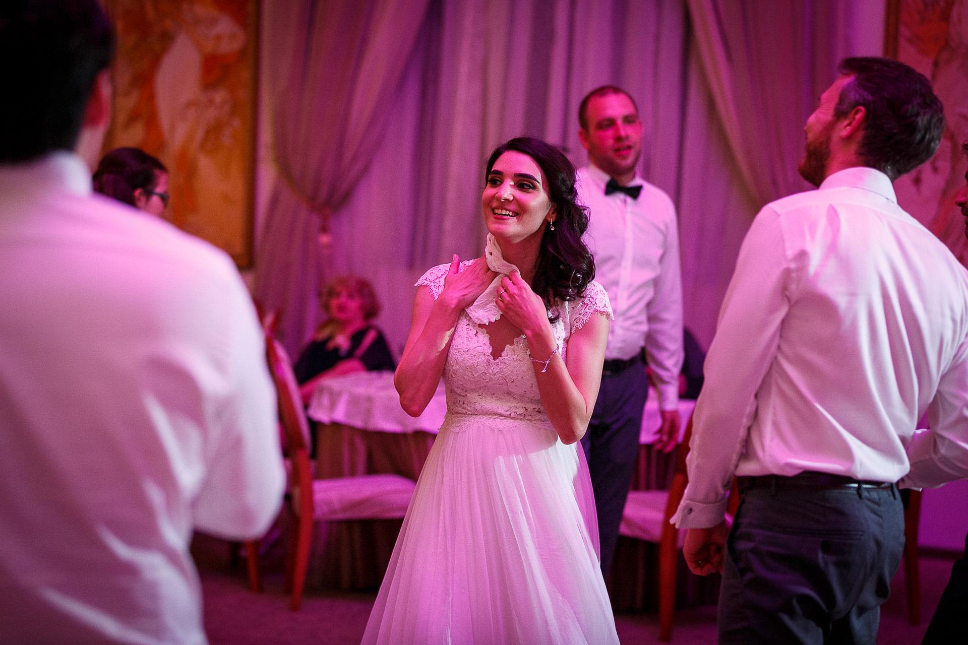 nuntă Salon Elisabeta - Elena şi Costin - Mihai Zaharia Photography - 084