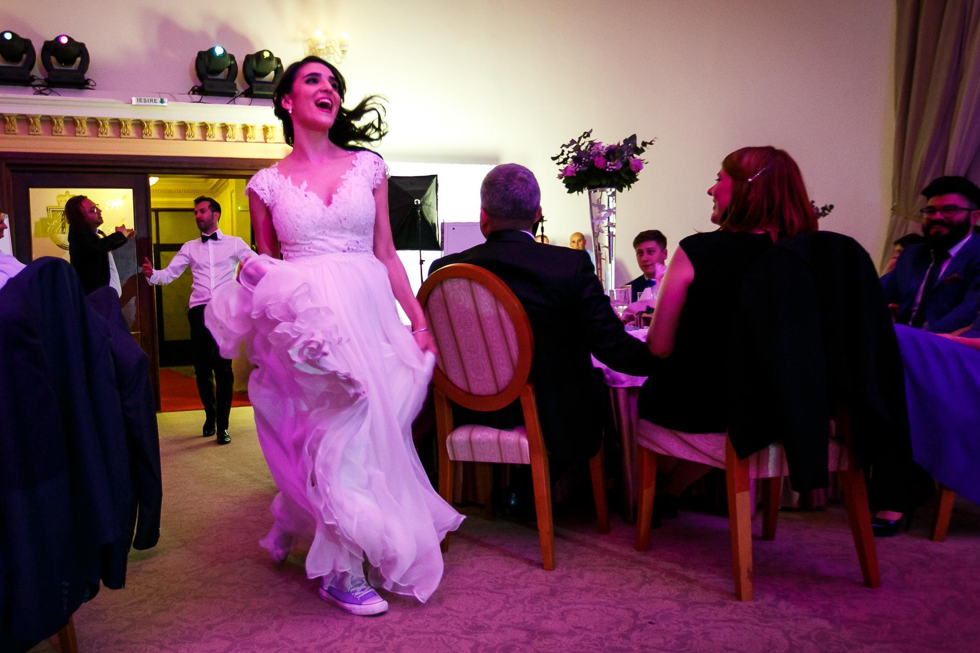 nuntă Salon Elisabeta - Elena şi Costin - Mihai Zaharia Photography - 086