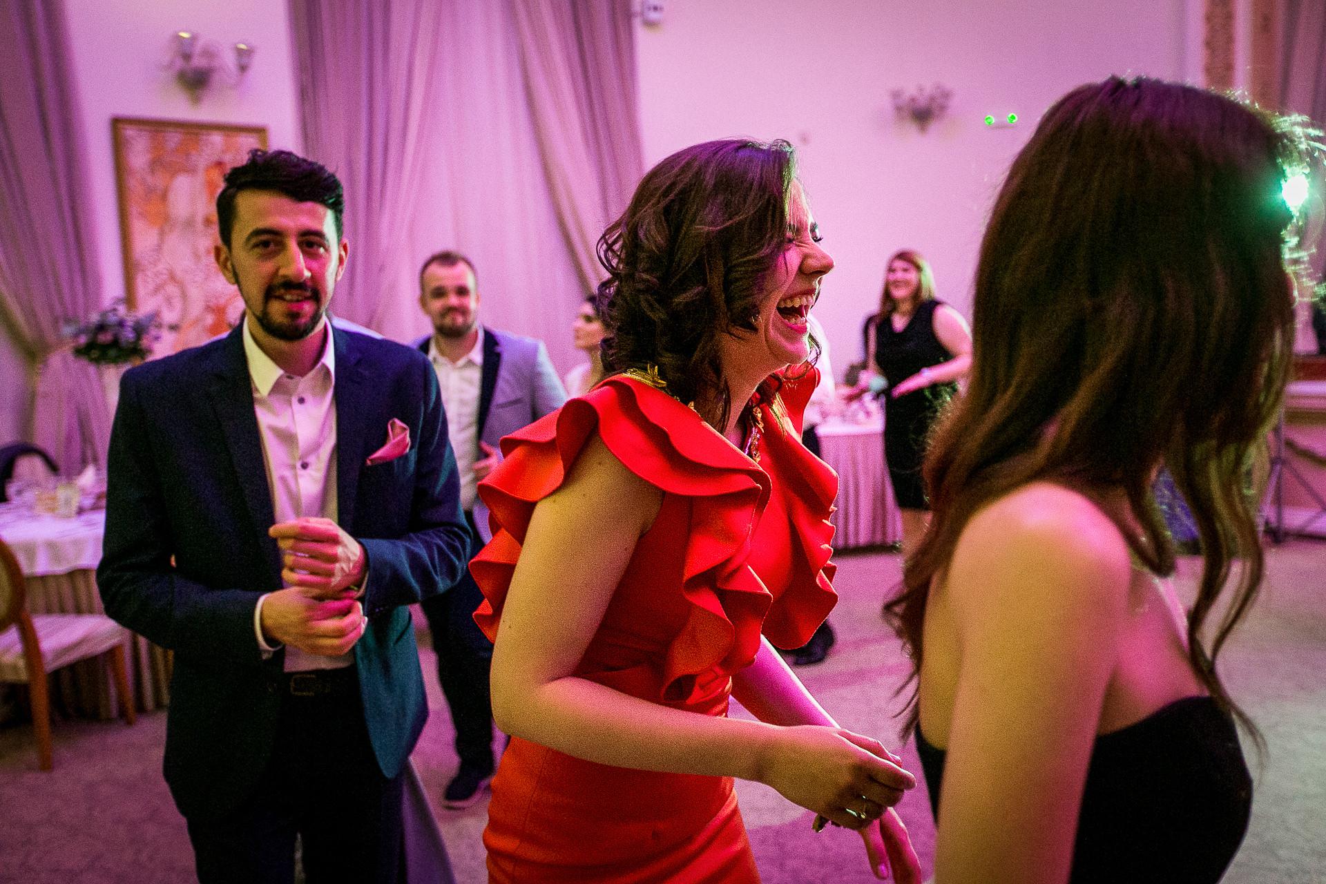 nuntă Salon Elisabeta - Elena şi Costin - Mihai Zaharia Photography - 089