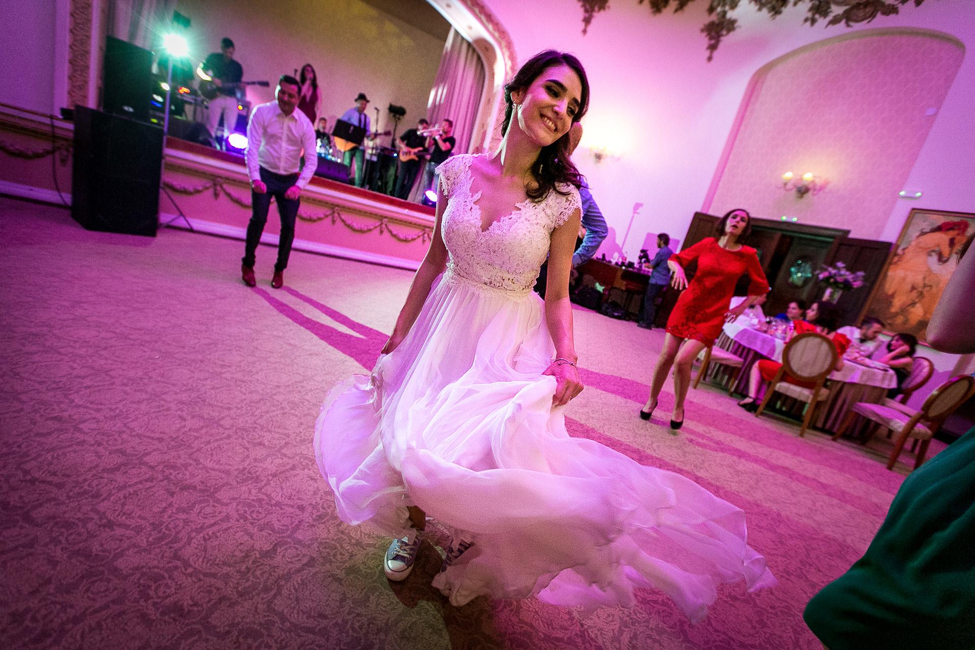 nuntă Salon Elisabeta - Elena şi Costin - Mihai Zaharia Photography - 094