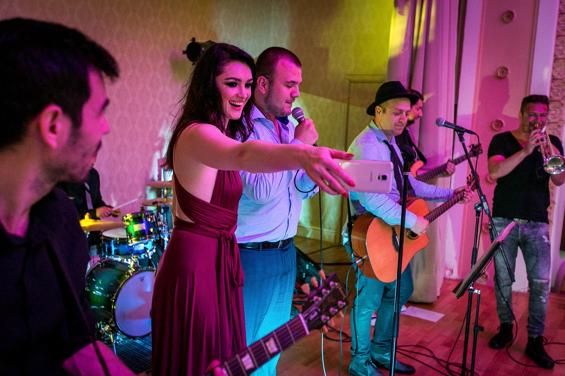 nuntă Salon Elisabeta - Elena şi Costin - Mihai Zaharia Photography - 096