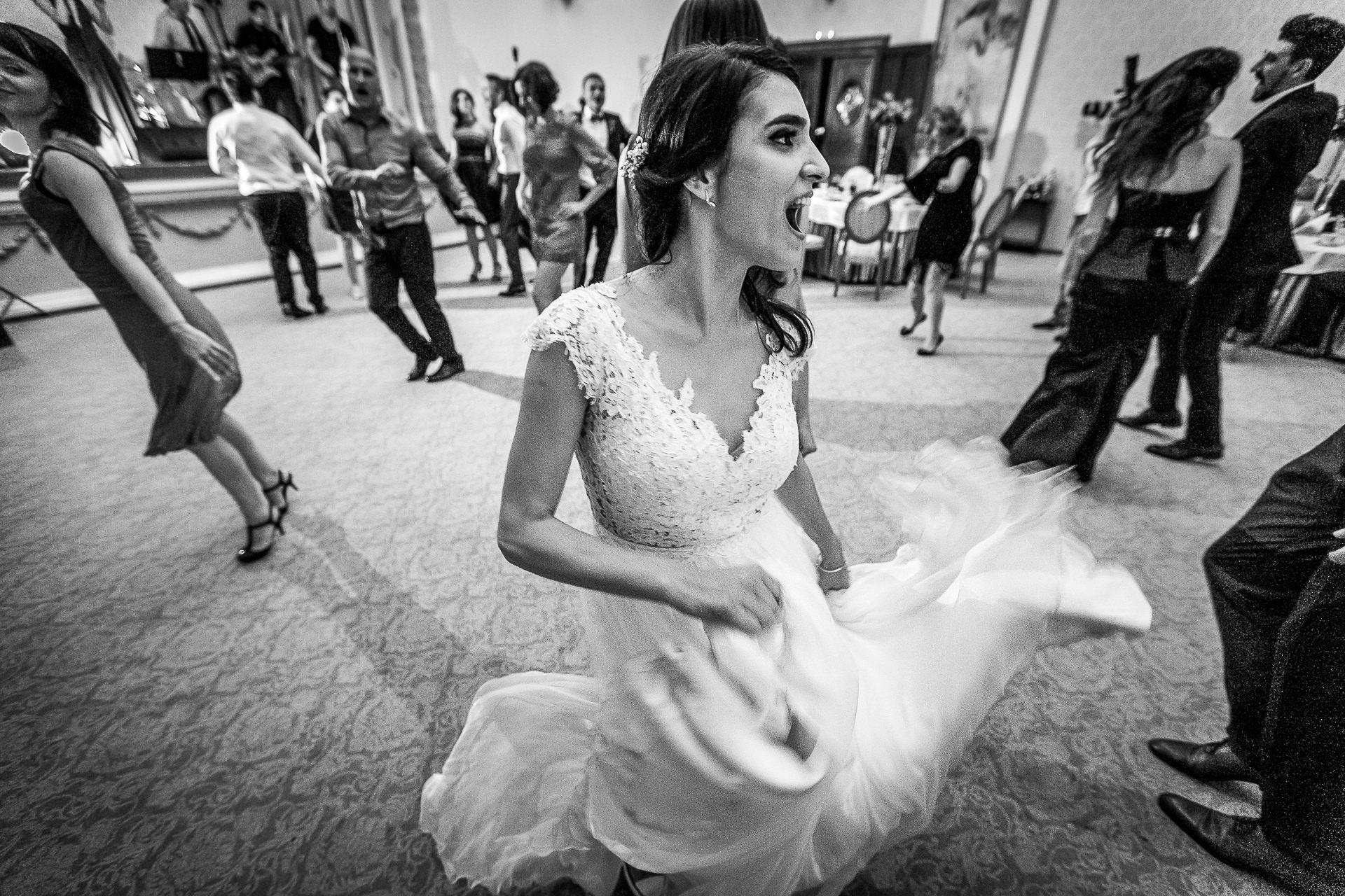 nuntă Salon Elisabeta - Elena şi Costin - Mihai Zaharia Photography - 099