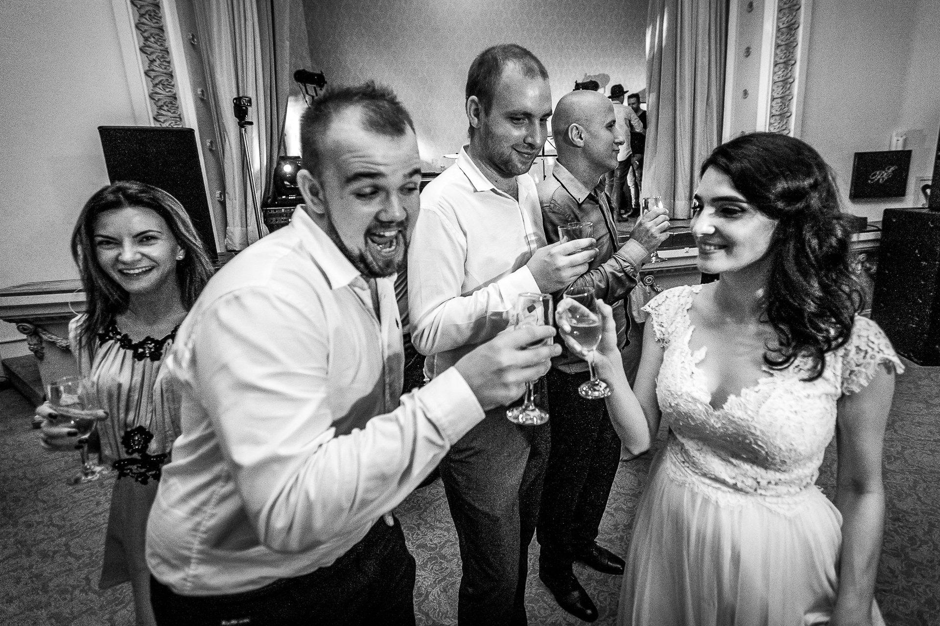 nuntă Salon Elisabeta - Elena şi Costin - Mihai Zaharia Photography - 104