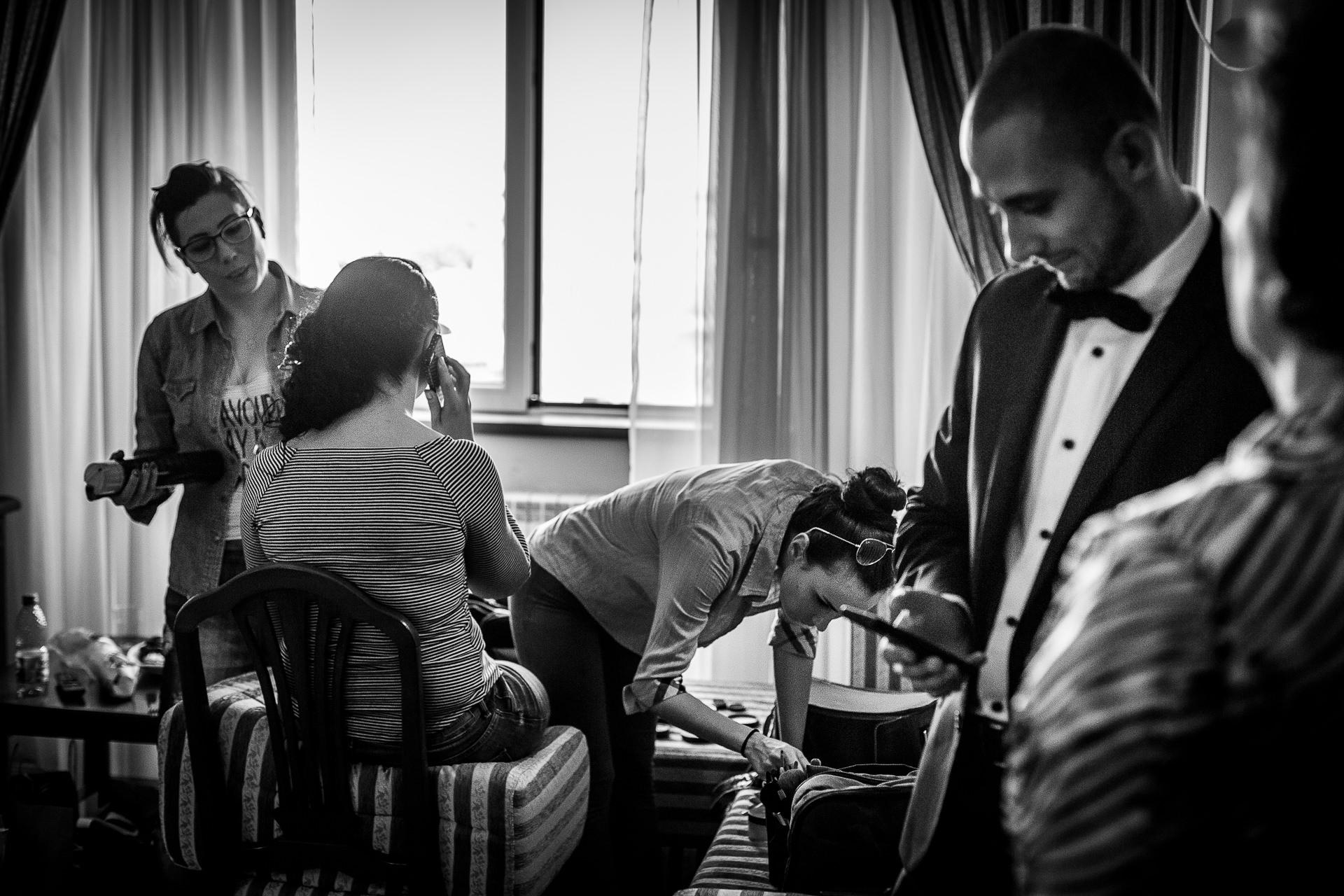 Fotografie de nunta pregatiri Hotel Minerva Bucuresti | Alina si Razvan | 04