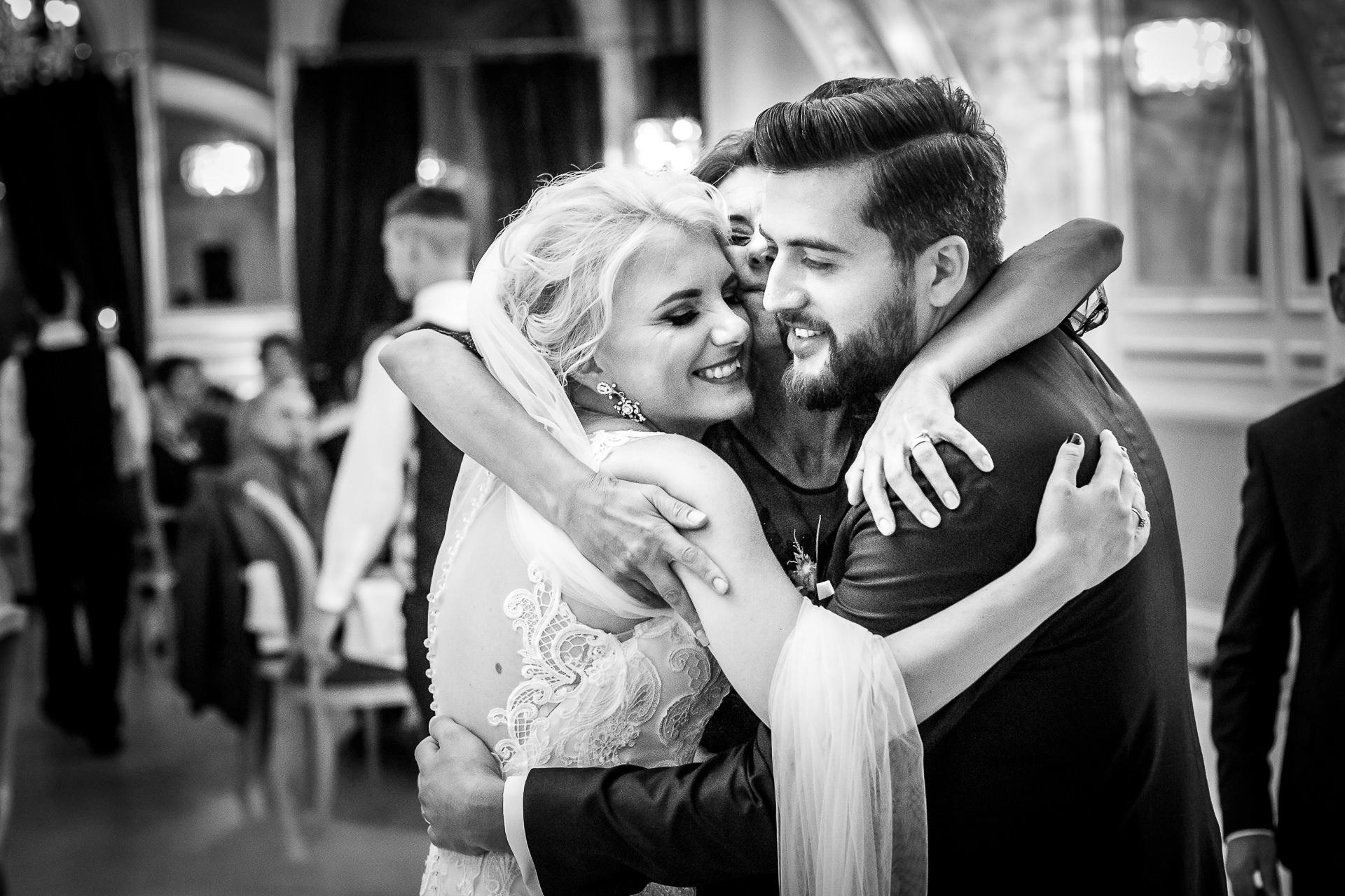 Fotografie De Nuntă – Raluca şi Nicu (nuntă Bucureşti)