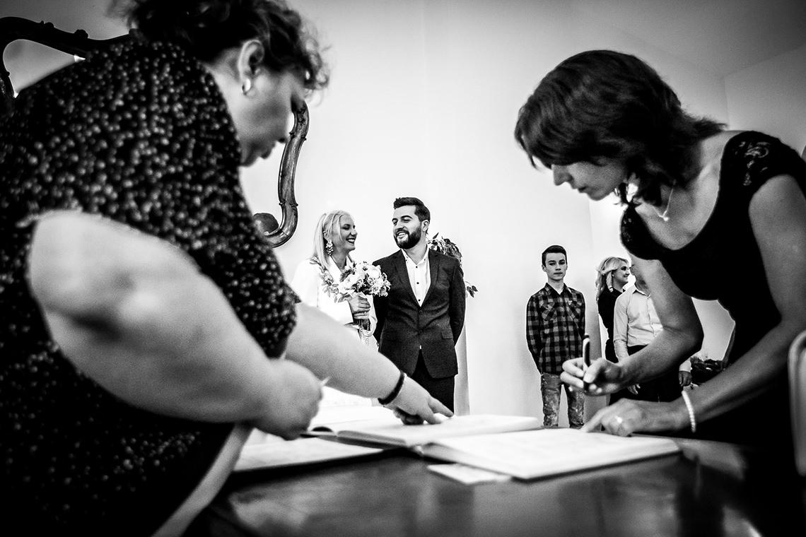 Fotografie la cununie civilă Bucureşti, Sector 1 - Raluca şi Nicu - Mihai Zaharia Photography - 04