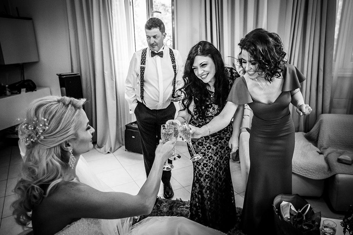 Fotograf nuntă Bucureşti - Biserica Militara Sfântul Mina + Metropolitan Club and Events - Marinela şi Pasquale - Mihai Zaharia Photography - 13