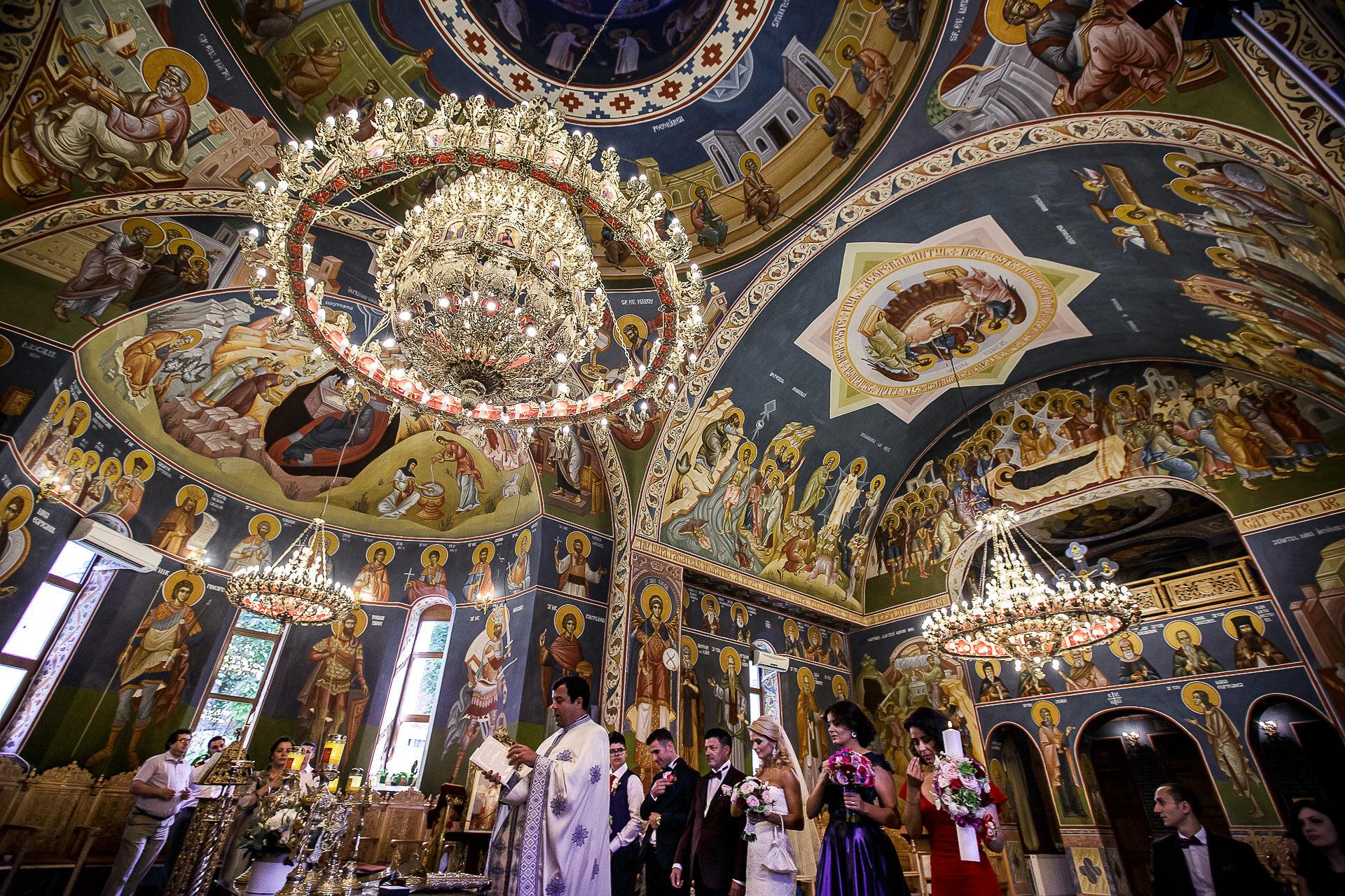Fotograf nuntă Bucureşti - Biserica Militara Sfântul Mina + Metropolitan Club and Events - Marinela şi Pasquale - Mihai Zaharia Photography - 24