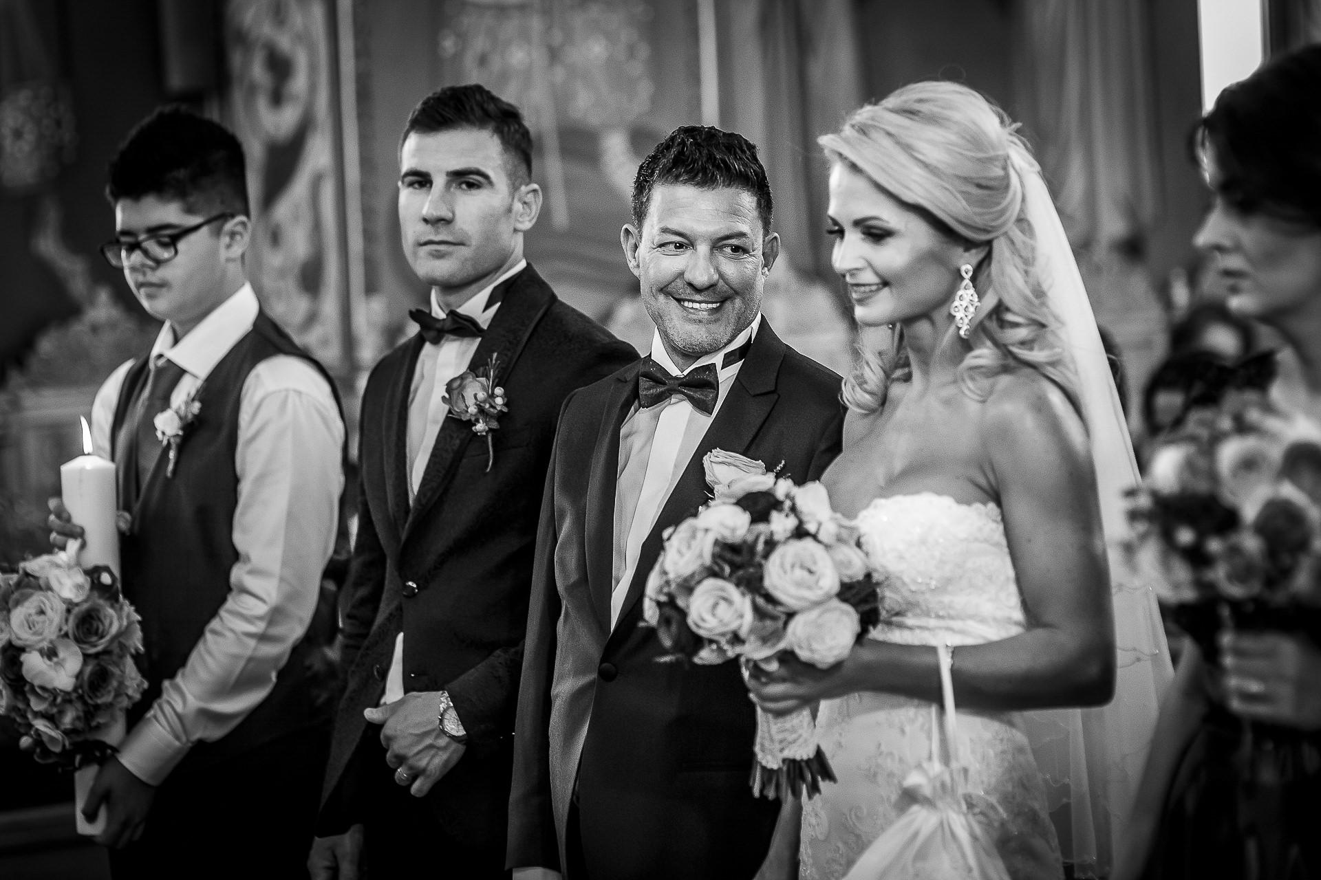 Fotograf nuntă Bucureşti - Biserica Militara Sfântul Mina + Metropolitan Club and Events - Marinela şi Pasquale - Mihai Zaharia Photography - 26