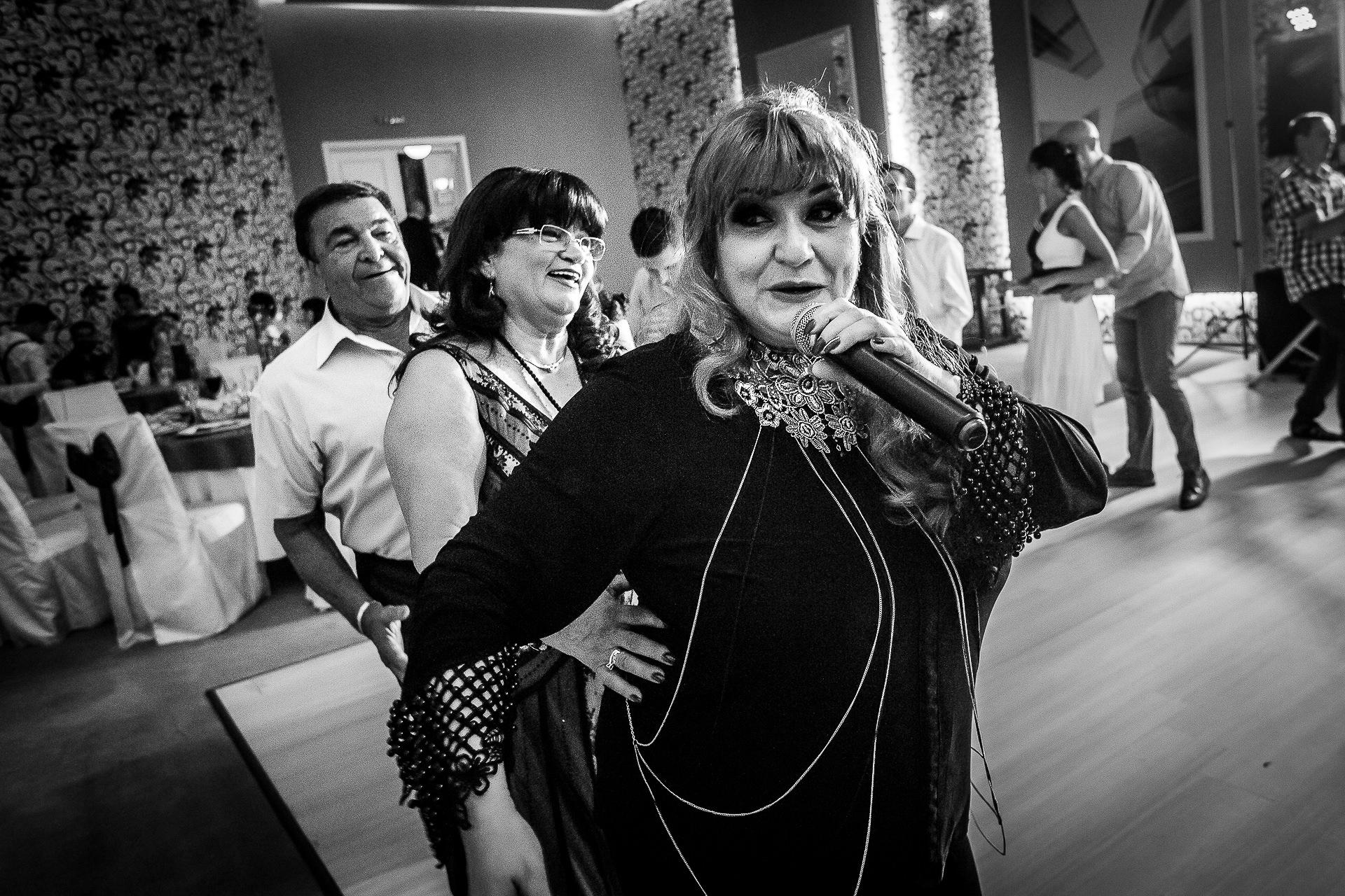 Fotograf nuntă Bucureşti - Biserica Militara Sfântul Mina + Metropolitan Club and Events - Marinela şi Pasquale - Mihai Zaharia Photography - 55