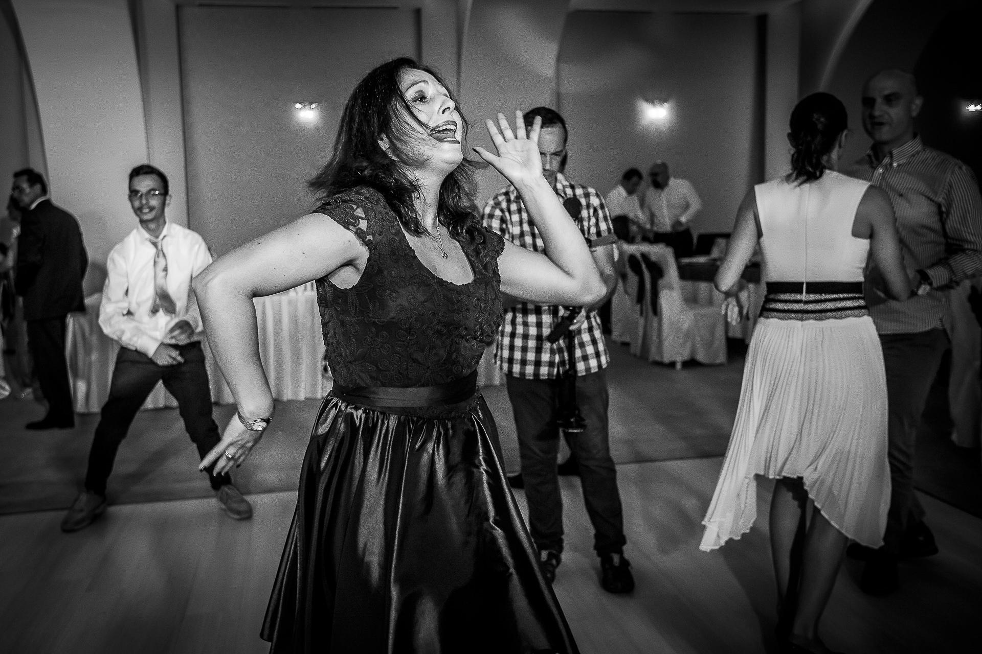 Fotograf nuntă Bucureşti - Biserica Militara Sfântul Mina + Metropolitan Club and Events - Marinela şi Pasquale - Mihai Zaharia Photography - 65