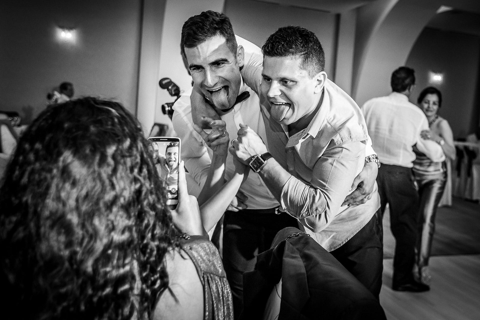 Fotograf nuntă Bucureşti - Biserica Militara Sfântul Mina + Metropolitan Club and Events - Marinela şi Pasquale - Mihai Zaharia Photography - 71