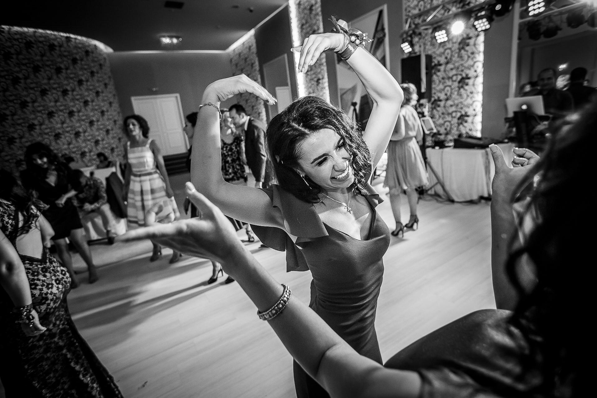 Fotograf nuntă Bucureşti - Biserica Militara Sfântul Mina + Metropolitan Club and Events - Marinela şi Pasquale - Mihai Zaharia Photography - 72