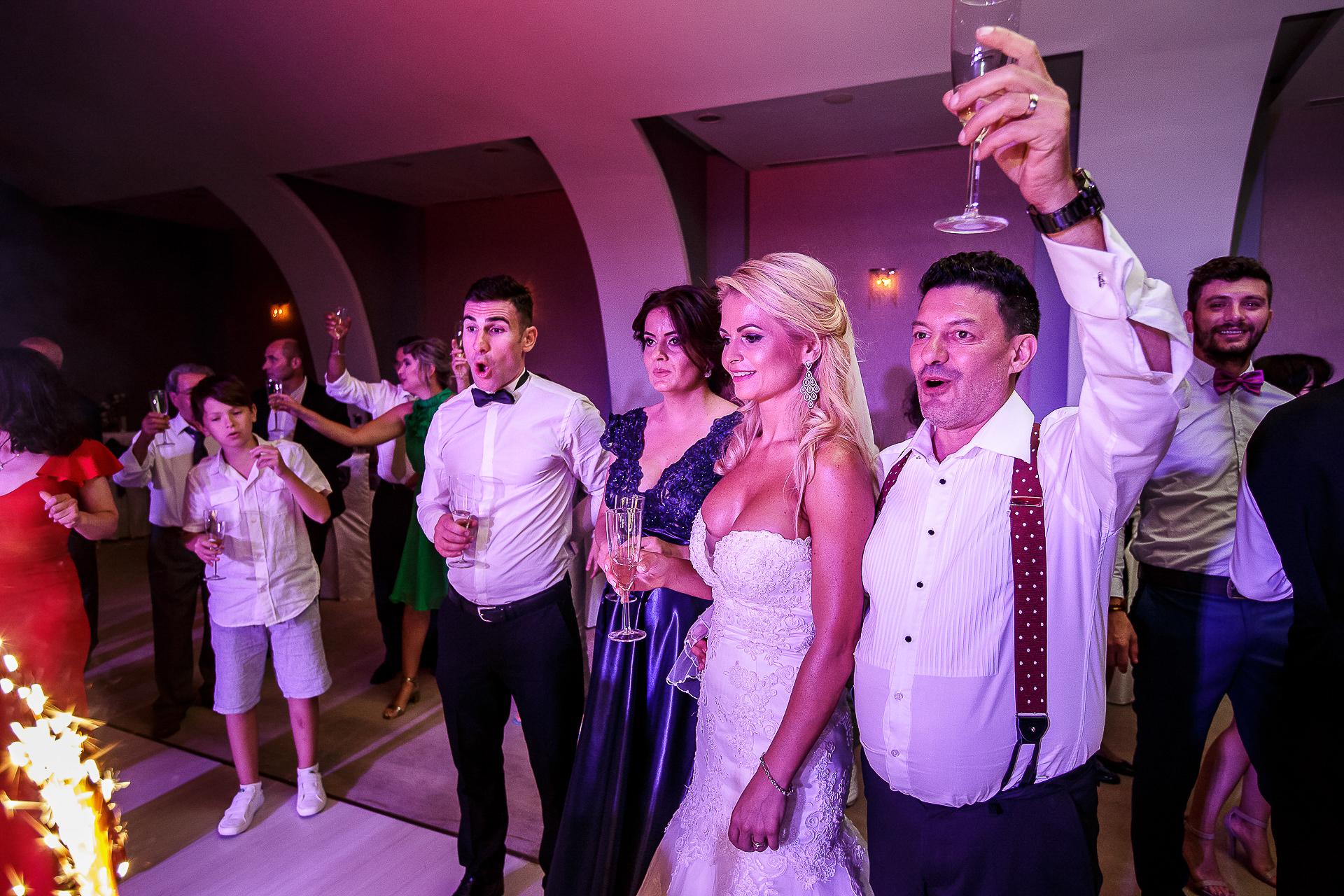 Fotograf nuntă Bucureşti - Biserica Militara Sfântul Mina + Metropolitan Club and Events - Marinela şi Pasquale - Mihai Zaharia Photography - 87