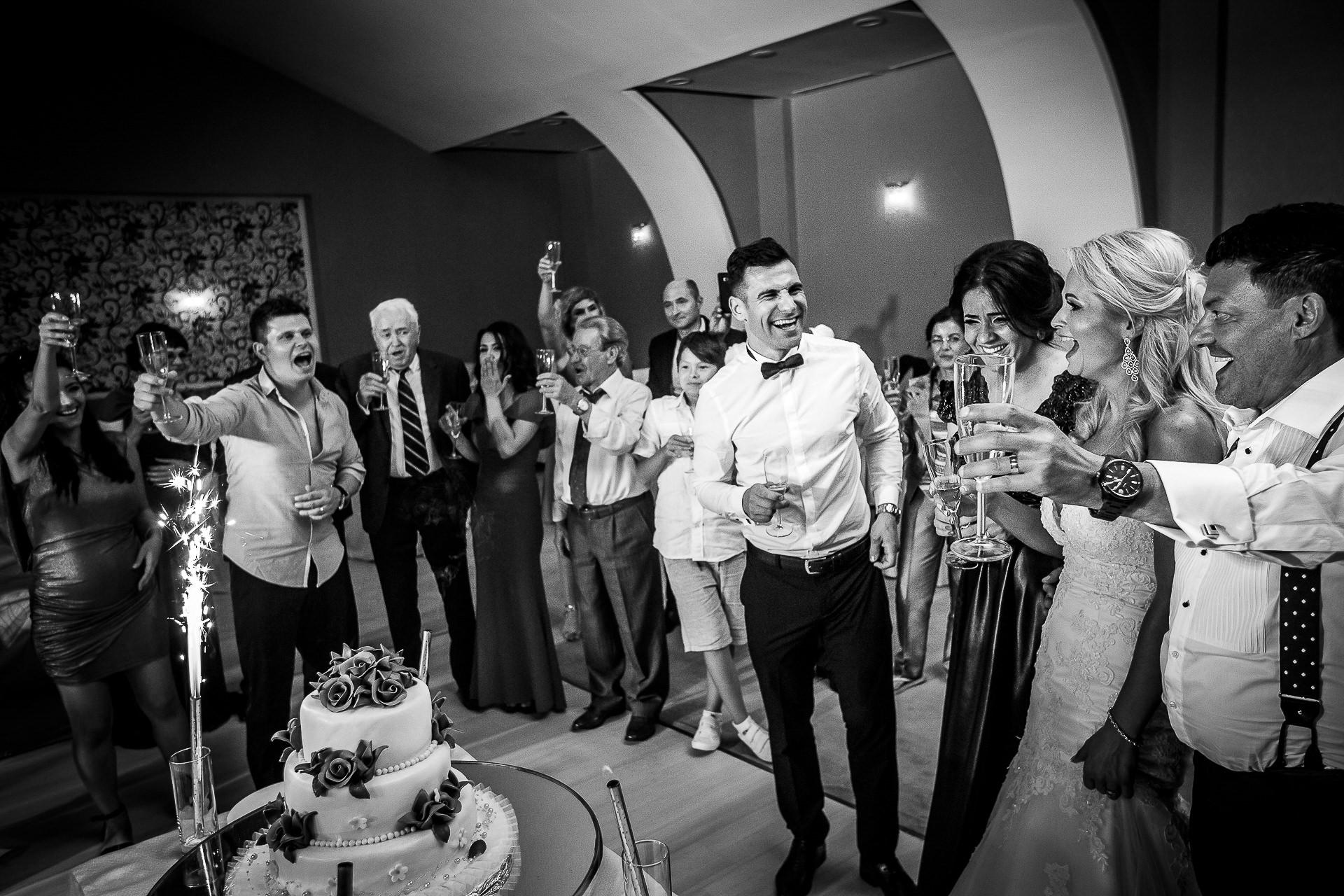 Fotograf nuntă Bucureşti - Biserica Militara Sfântul Mina + Metropolitan Club and Events - Marinela şi Pasquale - Mihai Zaharia Photography - 88