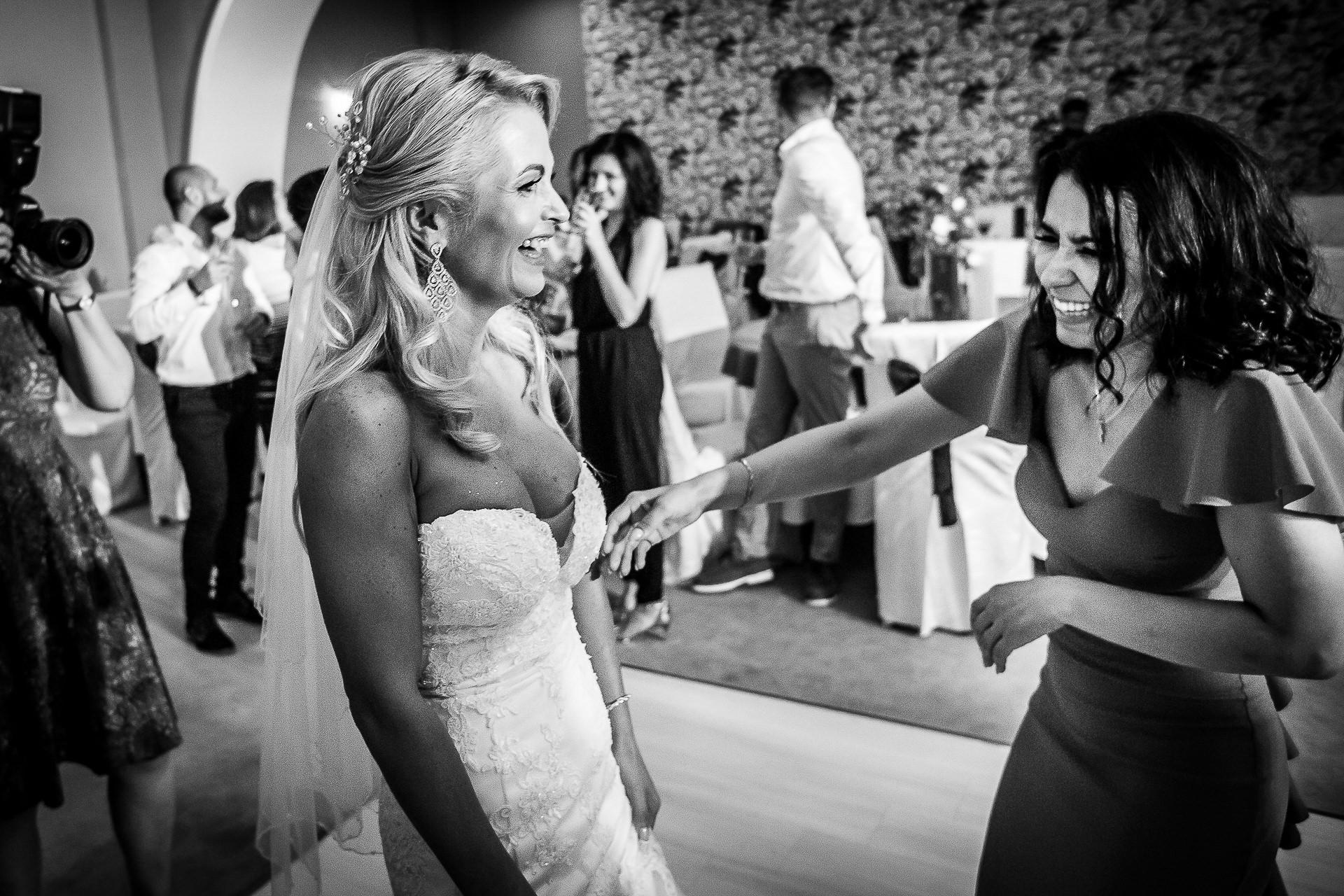 Fotograf nuntă Bucureşti - Biserica Militara Sfântul Mina + Metropolitan Club and Events - Marinela şi Pasquale - Mihai Zaharia Photography - 92