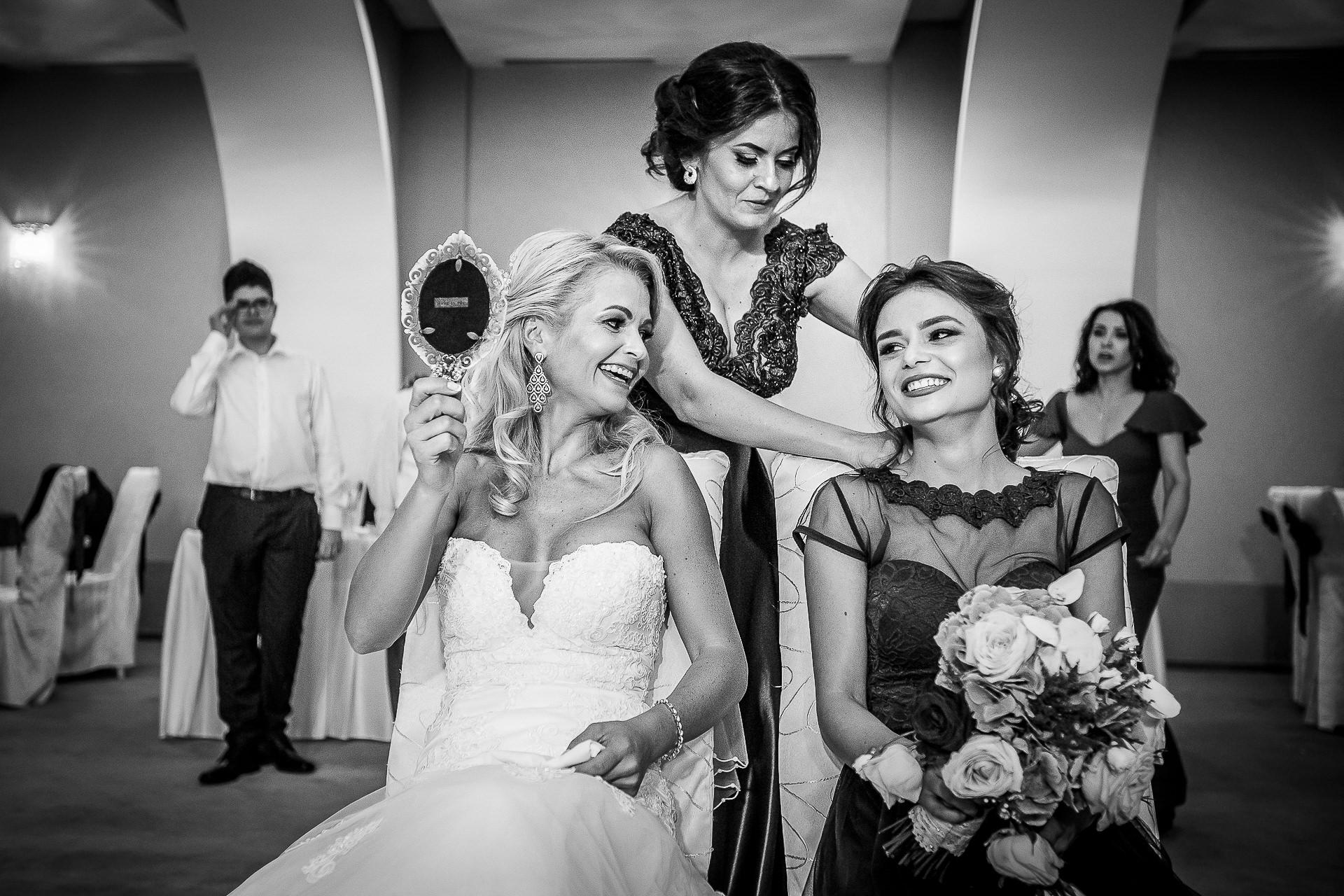 Fotograf nuntă Bucureşti - Biserica Militara Sfântul Mina + Metropolitan Club and Events - Marinela şi Pasquale - Mihai Zaharia Photography - 93