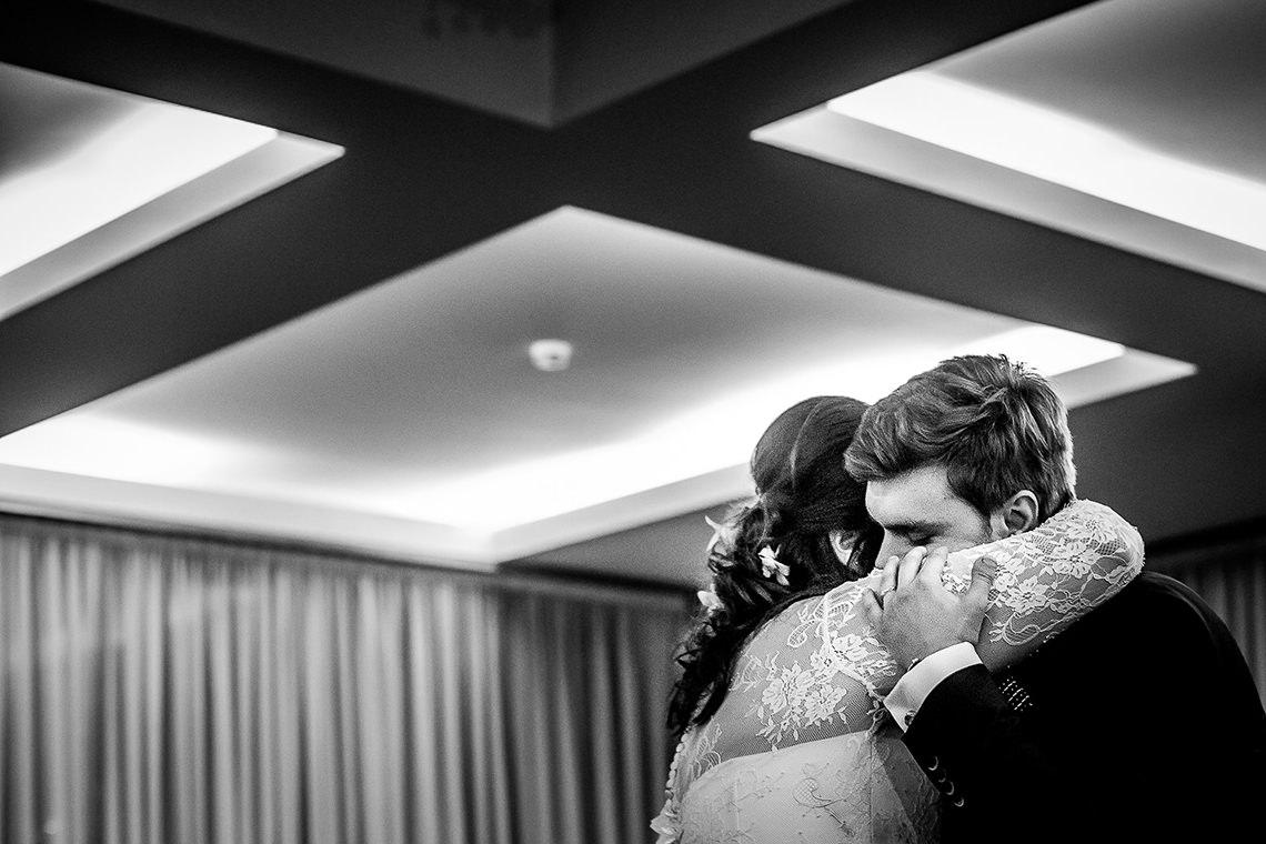 Fotografie de nuntă Bucureşti - The President + Biserica Popa Nan - Irina şi Florin - Mihai Zaharia Photography - 34