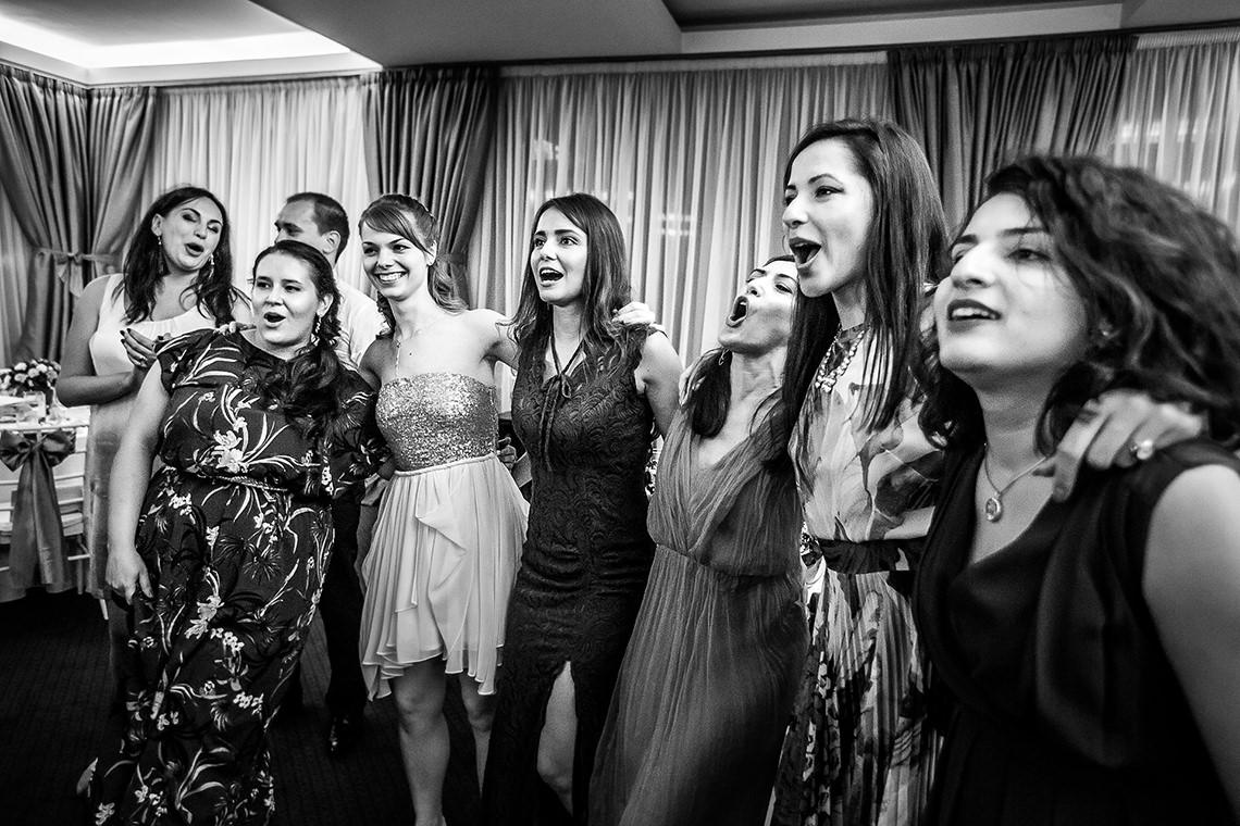 Fotografie de nuntă Bucureşti - The President + Biserica Popa Nan - Irina şi Florin - Mihai Zaharia Photography - 50