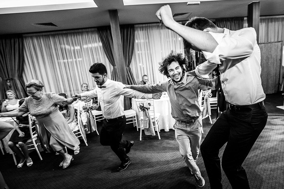 Fotografie de nuntă Bucureşti - The President + Biserica Popa Nan - Irina şi Florin - Mihai Zaharia Photography - 58