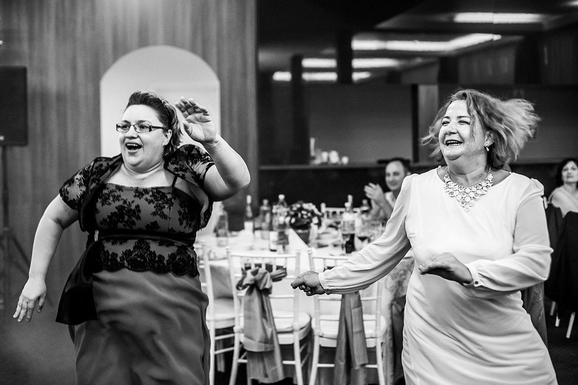 Fotografie de nuntă Bucureşti - The President + Biserica Popa Nan - Irina şi Florin - Mihai Zaharia Photography - 74
