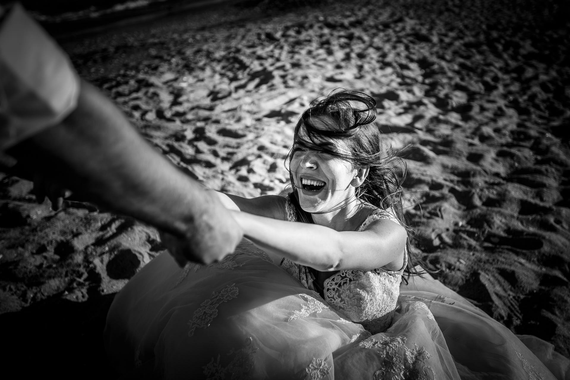 Şedinţă foto Trash The Dress - Vadu + Midia - Mihaela şi Alexandru - Mihai Zaharia Photography - 15