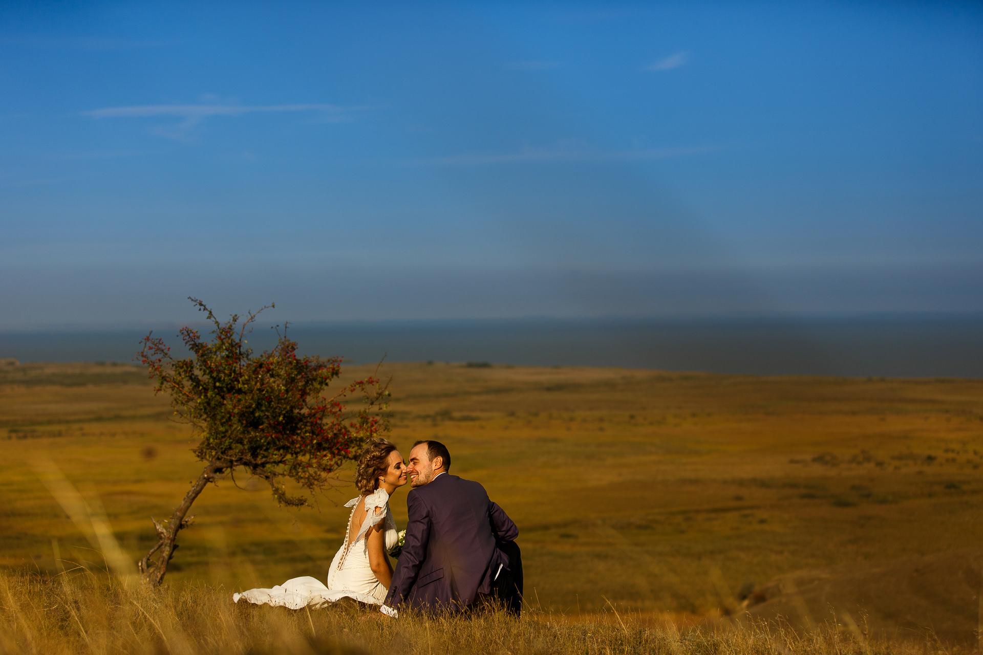 Şedinţă foto Trash The Dress - după nuntă la Cetatea Enisala, Tulcea - România - cu Mihaela şi Octavian - Mihai Zaharia Photography - 11