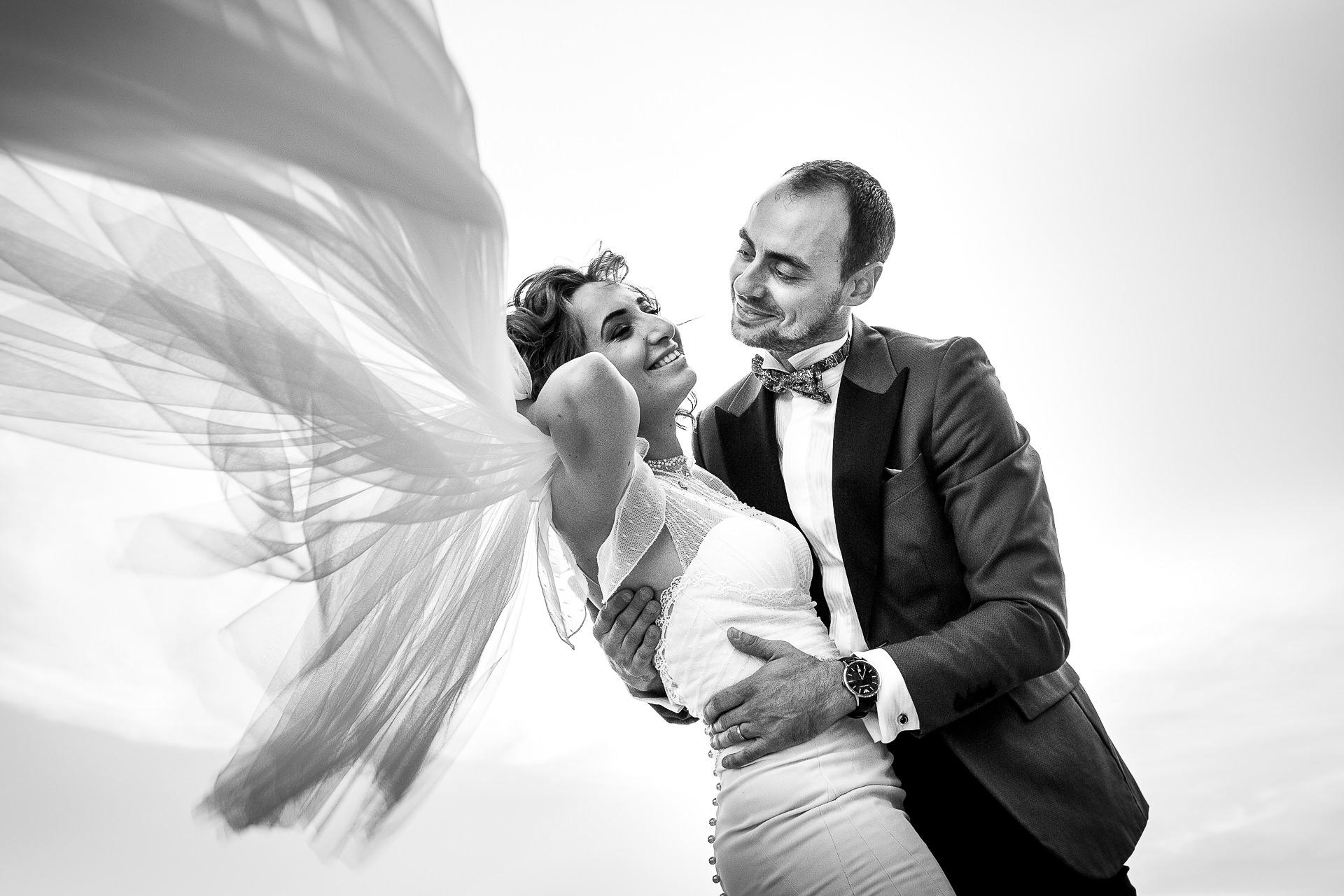 Şedinţă foto Trash The Dress - după nuntă la Cetatea Enisala, Tulcea - România - cu Mihaela şi Octavian - Mihai Zaharia Photography - 14