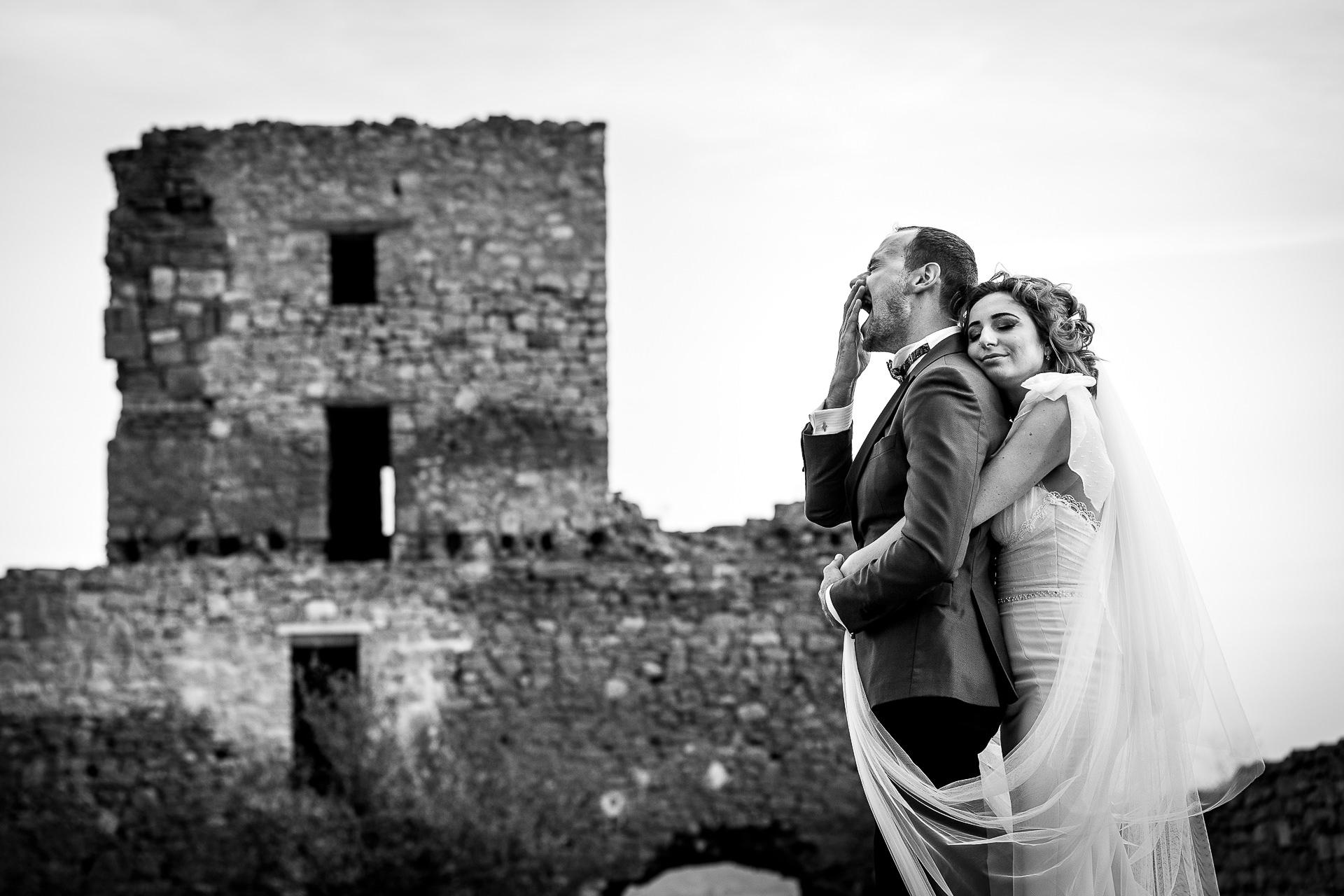 Şedinţă foto Trash The Dress - după nuntă la Cetatea Enisala, Tulcea - România - cu Mihaela şi Octavian - Mihai Zaharia Photography - 17