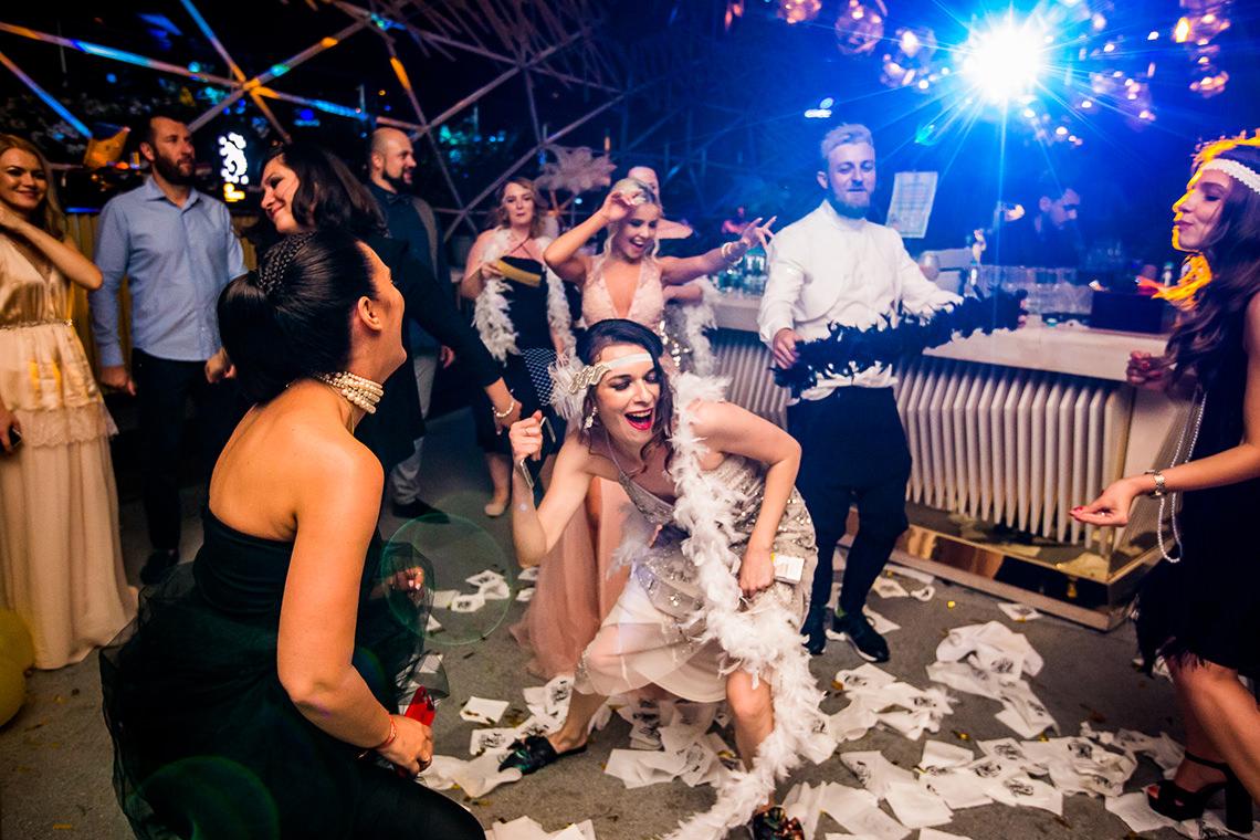 Slideshow De Nuntă – Adina & Liviu + Botez Luna (Bucureşti) – Preview